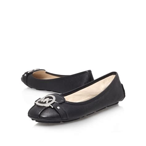 black flat court shoes michael kors fulton moc flat court shoes in black lyst