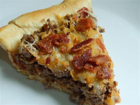 bacon cheeseburger pie drizzle  skinnydrizzle  skinny