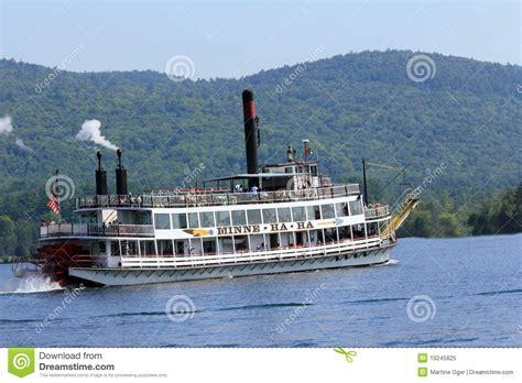 barco a vapor editorial barco de vapor de sternwheel imagen editorial imagen