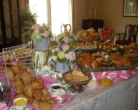 cooking for a crowd a big crowd women living well how to prepare a tea party for a crowd tea party girl