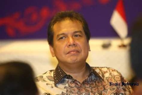 short biography of chairul tanjung menko perekonomian pemerintah awasi utang bumn dan swasta