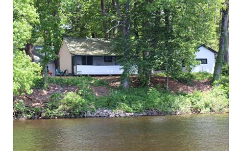 Lake George Friendly Cabins by Elms Waterfront Cottages Lodge In Lake Luzerne Ny Pet
