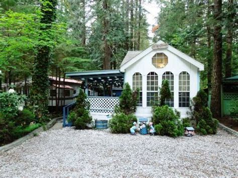 small houses to buy 11 tiny houses for sale cheap small homes you can buy