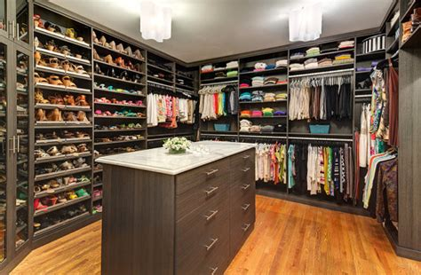 a portland oregon custom closet designer discusses finding