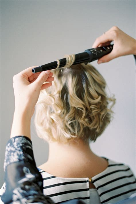 hair tutorial wand wavy short hair tutorial using a babyliss wand