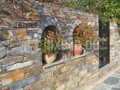 Natursteinmauer Mit Fenster by Kostenloses Foto Karystos Steinmauer Pixelio De