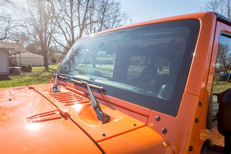 jeep windshield things to know before getting a replacement windshield in