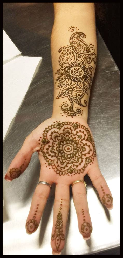 how is a henna tattoo done 12 best designs by oksana weber images on
