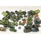 Late Dinky Toys Corgi And Other Makers Military Vehicles