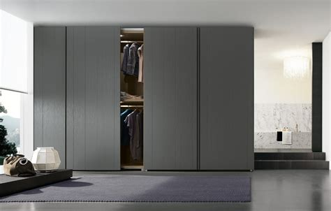 Poliform Wardrobes by Wardrobes Poliform Stratus