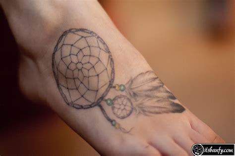 dreamcatcher tattoo designs meanings dreamcatcher tattoos ideas designs meaning