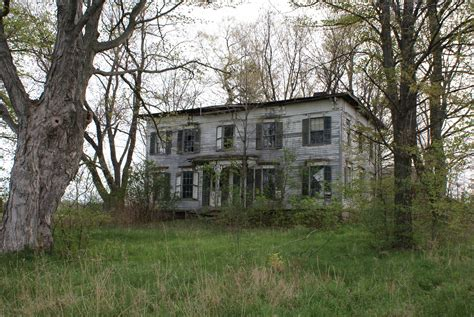 abandoned homes abandoned house photo expression