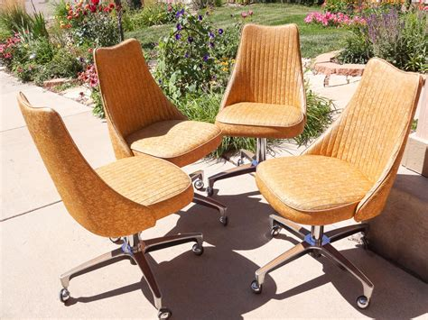 Rolling Kitchen Chairs by Vintage 1960 S Mid Century Modern Kitchen Chrome Chairs Rolling Coasters Spinning Gold