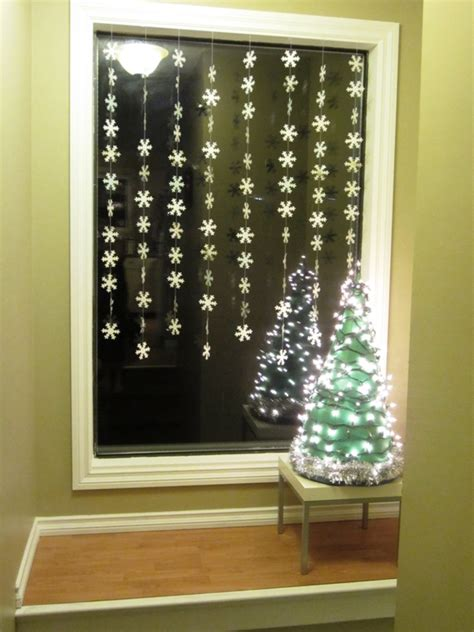 designing windows with christmas lights indoor window decorations ideas