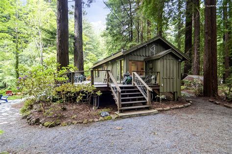 Cabin Rentals In California by Cabin Rental Near The Armstrong Redwoods State Park In