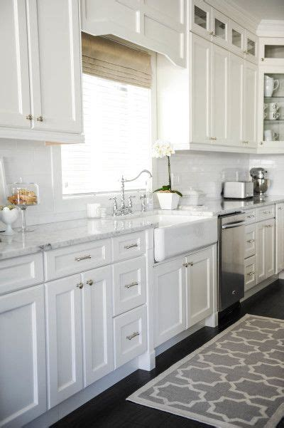 all white kitchen cabinets best 25 all white kitchen ideas on pinterest