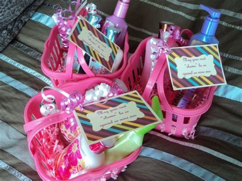 hostess gifts for bridal shower 17 best ideas about shower hostess gifts on pinterest