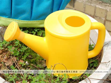 Gardening Supplies Plastic Watering Can Gardening Supplies Pot Water