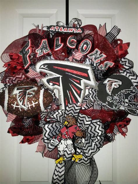 atlanta falcons wreaths poly mesh wreath atlanta falcon atlanta falcon wreath 85 diy stuff i make pinterest