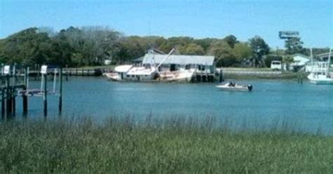boat rental holden nc holden n c a sinking boat holden nc