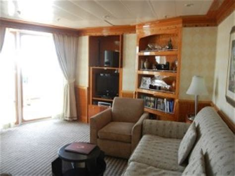 disney wonder one bedroom suite disney wonder concierge staterooms
