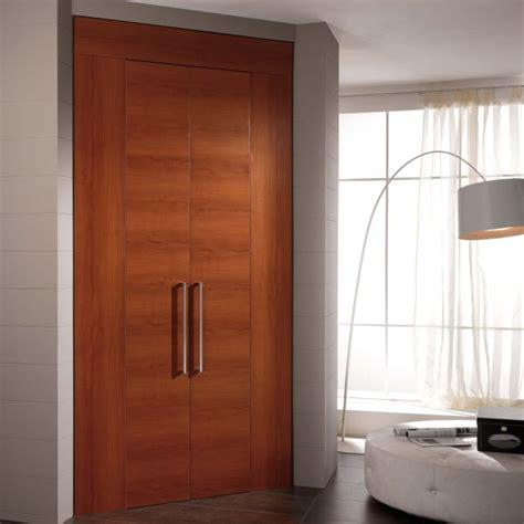 porte per armadi a muro come ricavare un ripostiglio in casa porte per armadi a