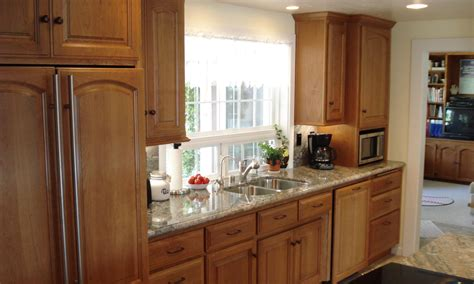 Best Hardware For Oak Cabinets by Valley Oak Cabinet Doors Manicinthecity
