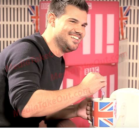 taylor lautner 2016 weight twilight actor taylor lautner suddenly added weight then