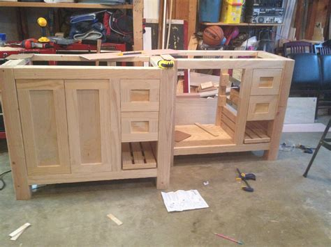 Building A Bathroom Vanity Cabinet White Bathroom Vanities Diy Projects