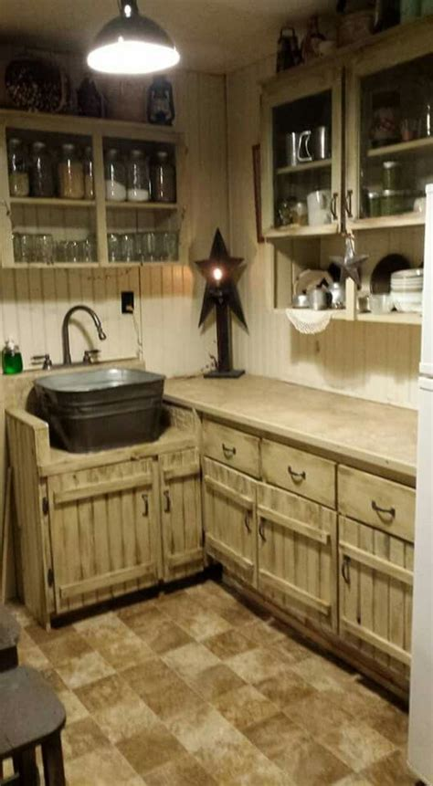 small rustic kitchen ideas best 25 primitive kitchen cabinets ideas on