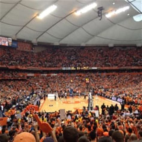 syracuse student section carrier dome arena stadiums syracuse ny united