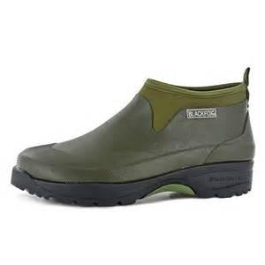 chaussures travail jardin