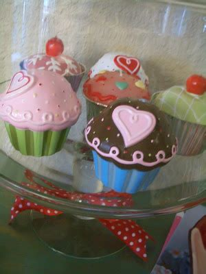 Cupcakes Served By A Fashionista by Domestic Fashionista Be My