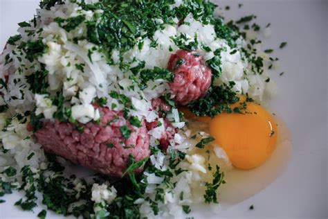 barbecued greek lamb kebabs for 10 recipe 9kitchen greek grilled lamb kebabs with tzatziki sauce eyeswoon