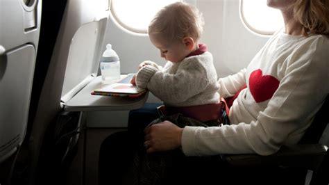 film anak hilang di pesawat tips mencegah anak rewel saat naik pesawat