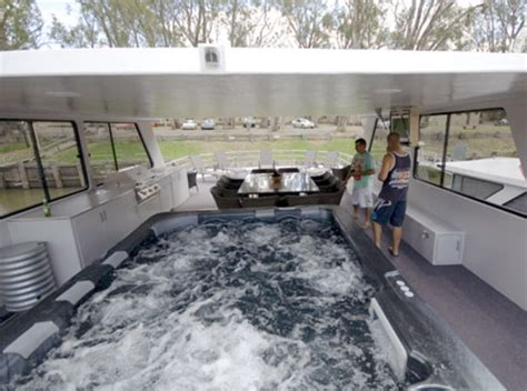 house boat for hire echuca luxury houseboats