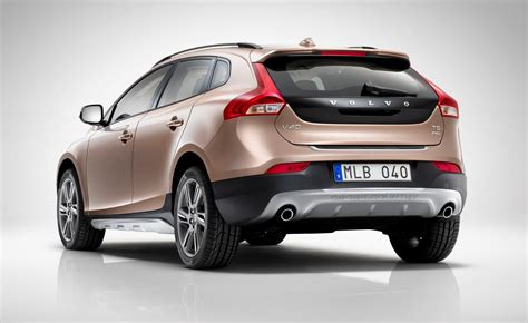 volvo  cross country review  parkers
