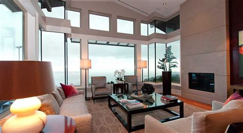 turning  living room   ultimate modern space