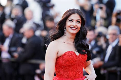 aishwarya rai bachchan aishwarya rai bachchan reacts to fashion criticism says