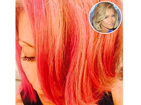 kelly ripper hair style now kelly ripa dyes her hair kelly ripa pink hair kelly ripa dyes her hair pink reveals