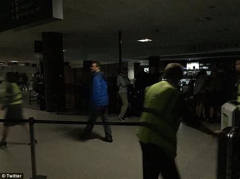 haircut edinburgh airport power cut plunges edinburgh airport into darkness daily
