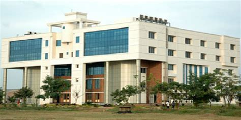 Mepco Schlenk Engineering College Mba Fees Structure by Fees Structure And Courses Of Velammal Engineering College