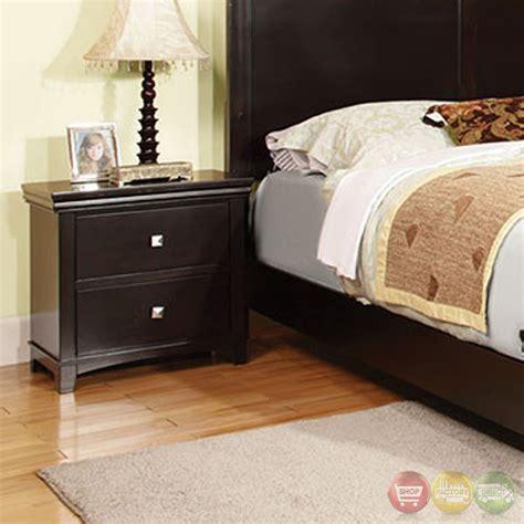winn contemporary style leatherette finish winn park contemporary gray platform bedroom set with