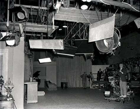 i love lucy set stay for the credits i love lucy on the set