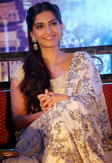 sonam kapoor hairstyles in saree sonam kapoor best pics and wallpapers all in one wallpaperss
