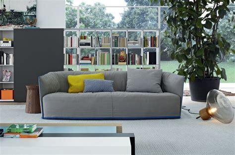 canap 233 gris 50 designs en nuances grises pour votre salon