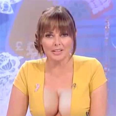 carol vorderman cleavage on loose women perfick