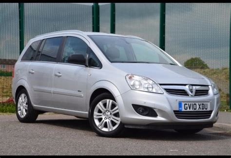 vauxhall silver 2010 vauxhall zafira design silver 1 6 low mileage