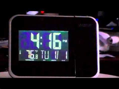 la crosse technology projection alarm clock with day date and indoor temperature display