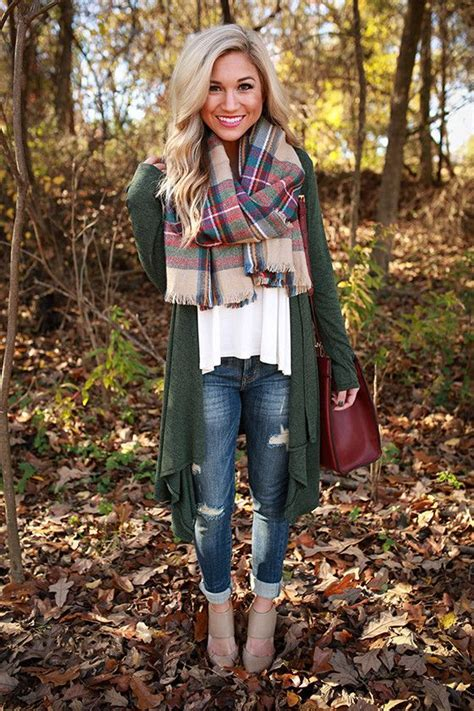 7 Scarf Styles For Fall by Picture Of Fall Look With Blanket Scarf
